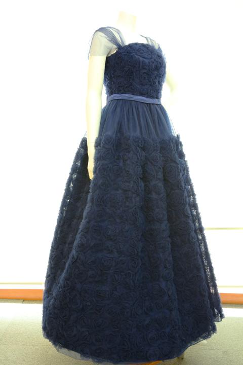 【2着限定】豪華な花柄のリボンテープ刺繍入りネイビー(紺色)チュールネットの袖付きフレアーロングドレス