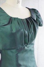 画像10: 【白雪姫×クラシカル】パフスリーブの袖付きロングフレアードレス (10)