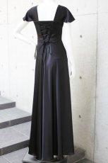 画像2: 胸元タックの袖付きフレアーロングドレス (2)