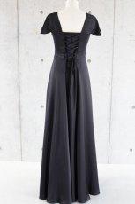 画像6: 胸元タックの袖付きフレアーロングドレス (6)