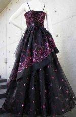 画像3: 【数量限定】イタリア製オーガンジーで仕立てるふわひら羽根とオーバースカート付き風フレアーロングドレス(ブラック) (3)