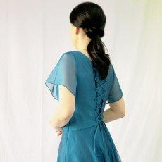 画像15: クロス&タックで細見え/優雅なドレープ入りフレアーの袖付きロングドレス (15)