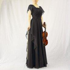 画像3: クロス&タックで細見え/優雅なドレープ入りフレアーの袖付きロングドレス (3)