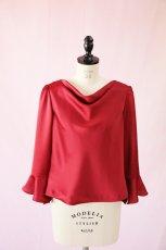 画像6: 【高品質】とろみが美しいモードサテンの赤いブラウス(単品) (6)