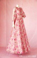 画像3: 数量限定 / ポワン袖に癒されるピンクローズ(バラ)の袖付きフレアーロングドレス (3)