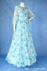 画像3: 数量限定 / ポワン袖に癒されるブルーローズ(バラ)の袖付きフレアーロングドレス (3)