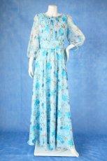 画像13: 数量限定 / ポワン袖に癒されるブルーローズ(バラ)の袖付きフレアーロングドレス (13)
