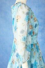 画像8: 数量限定 / ポワン袖に癒されるブルーローズ(バラ)の袖付きフレアーロングドレス (8)