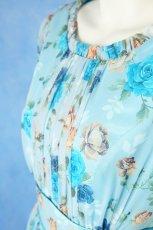 画像10: 数量限定 / ポワン袖に癒されるブルーローズ(バラ)の袖付きフレアーロングドレス (10)