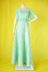 画像13: 数量限定 / たっぷりハートがキュート&エレガントなミントグリーンの袖付きフレアーロングドレス (13)