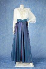 画像15: 数量限定 / 煌きのビジュー入り袖付きフレアーロングドレス (15)
