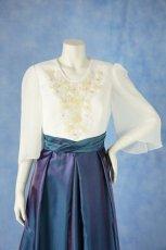 画像17: 数量限定 / 煌きのビジュー入り袖付きフレアーロングドレス (17)