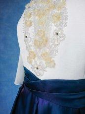 画像9: 数量限定 / 煌きのビジュー入り袖付きフレアーロングドレス (9)