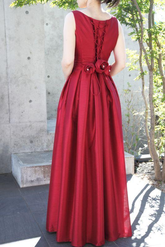 【大人のキュート】ウエストギャザー&ボックスタックが大人キュートなフレアーロングドレス