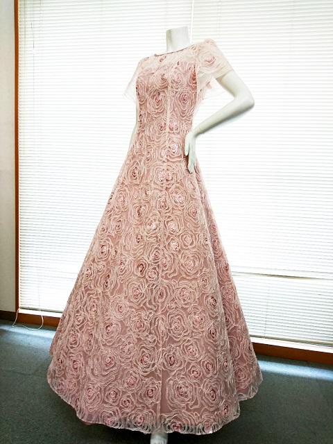 画像1: 【数量限定】リボンテープ刺繍&スパンコール入りピンクチュールネットの袖付きフレアーロングドレス (1)